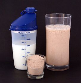 800px-Protein_shake